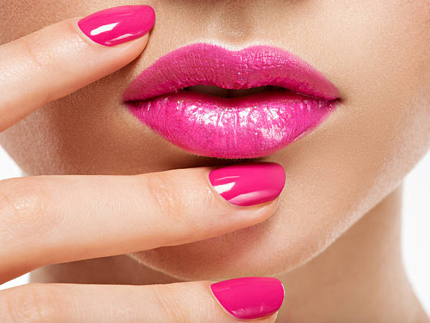 how to make beautiful lips