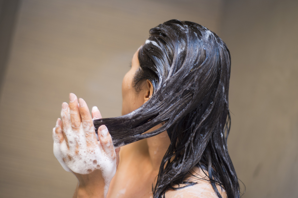 how to protect your hairs from dandruff